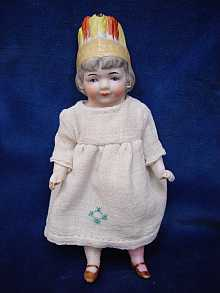 Antique bisque doll, closed mouth, made c1910.