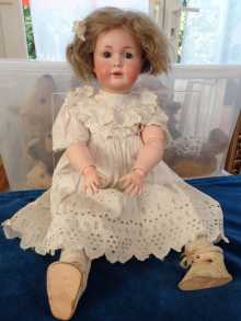 Antique German doll, rare Simon & Halbig 120, dated about 1915.